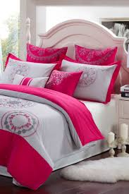 Raspberry Bedroom 17 Best Images About Tendidos De Cama On Pinterest Zebra Girls