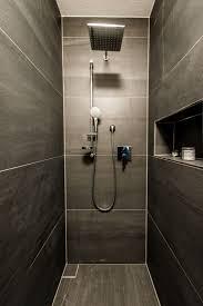 Wohnideen Badezimmer Mit Großzügiger Regendusche In