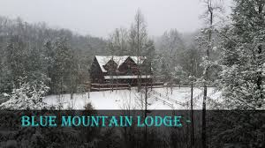 blue mounn lodge winter day cabin by owner gatlinburg pigeon forge