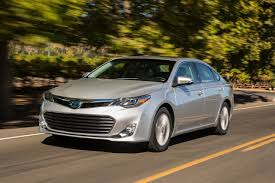 2013 Toyota Avalon Hybrid 0-60 MPH First Drive Review - YouTube