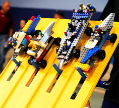 pinewood derby race cars lego race cars on pinewood track scouting pinterest lego