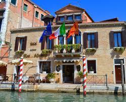 Ai Mori D Oriente Hotel Ai Mori Doriente Venice Italy Expedia
