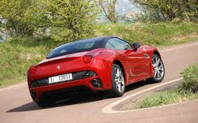 2013 Ferrari California First Drive - Motor Trend