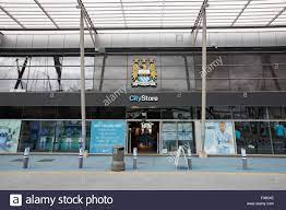 Manchester City Football Club Store Stockfotos und -bilder Kaufen - Alamy