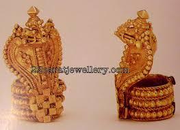 gold naga pratima from grt jewellery