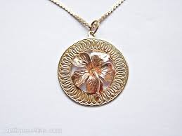 vintage gold flower pendant necklace