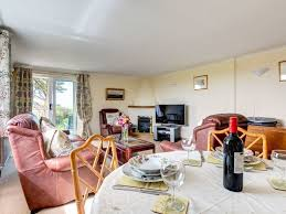 spacious holiday home with electric fireplace breakfast bar and a large green garden 0 0 out of 5 0