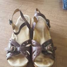 Dansko Size 40 Sandals