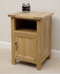 Newark Natural Solid Oak 1 Door Bedside Cabinet