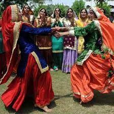 Two indian girls dancing to a bollywood song. Indian Girls Dancing Pictures Popsugar Love Sex