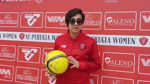 AC Perugia Calcio Femminile - Alza la coppa Capitano ...