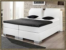 Bett 120x200 Wei