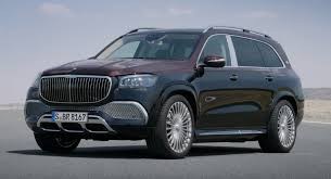 The maybach gls is the luxury marque's first entry into the crossover segment. Can The Mercedes Maybach Gls Take On The Bentley Bentayga And Rolls Royce Cullinan Carscoops