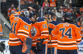 It almost looked like his right one was floppy loose after the hit. 3 Points For Leon Draisaitl As Edmonton Oilers Top Nashville Predators Edmonton Globalnews Ca
