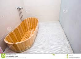Disegno Bagni vasca bagno prezzi : Vasca Bagno Legno Prezzi: Vasca da bagno in legno prezzi divani ...