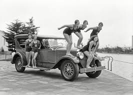 Cadillac and swimmers at Fleishhacker Pool, San Francisco, c.1927 ...