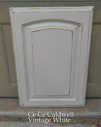 painting kitchen cabinets distressed white
