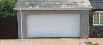 knowledgable and experienced garage door and automated garage door repair and servicing company
