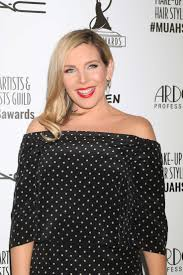 june diane raphael 2016 make up artist and hair stylist guild awards in la