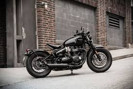 2018 triumph bonneville bobber black first look 11 fast facts