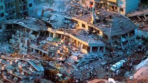 Kocaeli'nde 26 ağır hasarlı, 1500 orta hasarlı evde insanlar yaşıyor