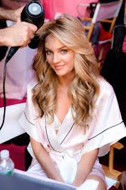 candice swanepoel getting hair and makeup done at the victoria s secret fashion show 2016