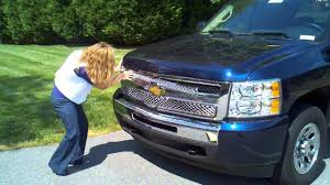 Tops and Trends Silverado Grille Installation - YouTube
