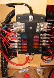 deep red a self build motorhome electrics the 12v fuse box takes up to 12 car type blade fuses in two banks of 6 the box is rated at max 30amp per fuse 100amp per bank of 6