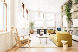 8 Décor Pieces Every Girl In New York City Owns