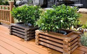 make wooden planter boxes waterproof