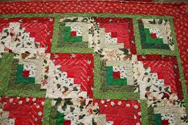 Christmas Log Cabin Quilt — Made Just For U & ... different from different perspectives, especially log cabin quilt  patterns. Up close, the fabrics prevail. From a distance, different-colored  fabrics ... Adamdwight.com