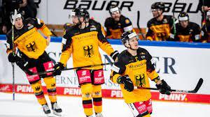 Svenska ishockey forbundet eishockey trikot schweden sverige size medium nike. Eishockey Wm Deb Auftakt Gegen Coronageplagte Italiener Eishockey Sportschau De