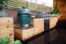 Picture Of Inviting And Functional Outdoor Kitchen Design Ideas 13