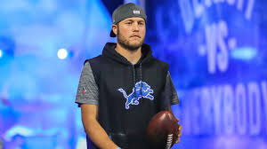 Kelly stafford, the wife of detroit lions quarterback matthew stafford, announced that she is having brain surgery to remove a tumor. Matthew Stafford S Wife Blames Nfl After Family Was Harassed Over False Covid 19 Test Sporting News