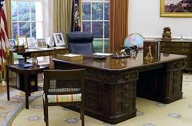 oval office desk. Oval Office Desk 70s | By Wizardkitten