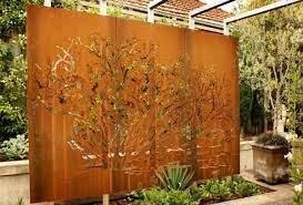 outdoor screens