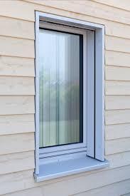 Architektur Detail Holzfassade Mit Fenster Mehrfamilienhaus