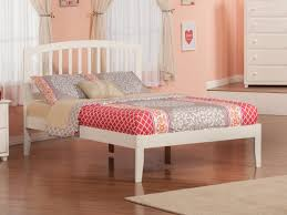 Richmond White Platform Bed by Atlantic Furniture