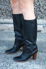 and buff the leather in small circles all over your boot surface this should bring out the sheen and richness of the new color that s it you re done