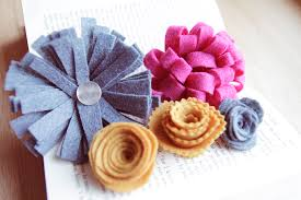 Paper Crafted Flowers Diy The Step By Step Guide To Felt Flowers Five Ways Paper And Stitch