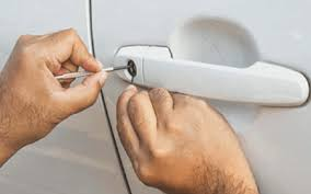 locksmith working. Car Lock Is Not Working? It\u0027s Time To Call An Automotive Locksmith Working