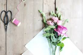 How To Wrap Flower Bouquet In Paper Diy Paper Wrapped Bouquet Zoe With Love
