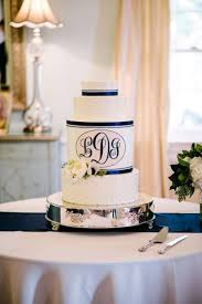 monogrammed wedding cakes. unique monogrammed wedding cakes d