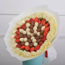 <b>Букет Салют</b> размер L за 4990 р. - Доставка цветов в Москве