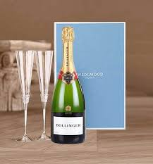 bollinger chagne and gles gift set
