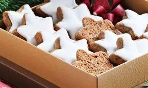christmas star cookies. Simple Christmas German Zimtsterne Recipe Baking Cookies Almonds Hazelnuts Cinnamon Star  Traditional Authentic Germany Christmas Holidays For Christmas Star Cookies I