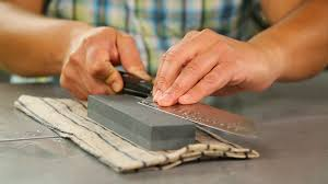 Here's how to keep your <b>kitchen knives razor</b> sharp - CNET