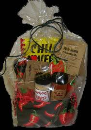chili lover s basket chili cook off gifts for cooks trunk or treat basket