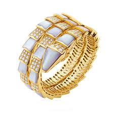 faux bvlgari serpenti bracelet yellow gold with mother of pearl and diamonds br855296 replica