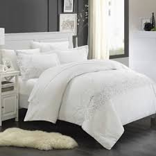 Buy White Duvet Covers from Bed Bath & Beyond & Chic Home Saunder 7-Piece King Duvet Cover Set in White Adamdwight.com